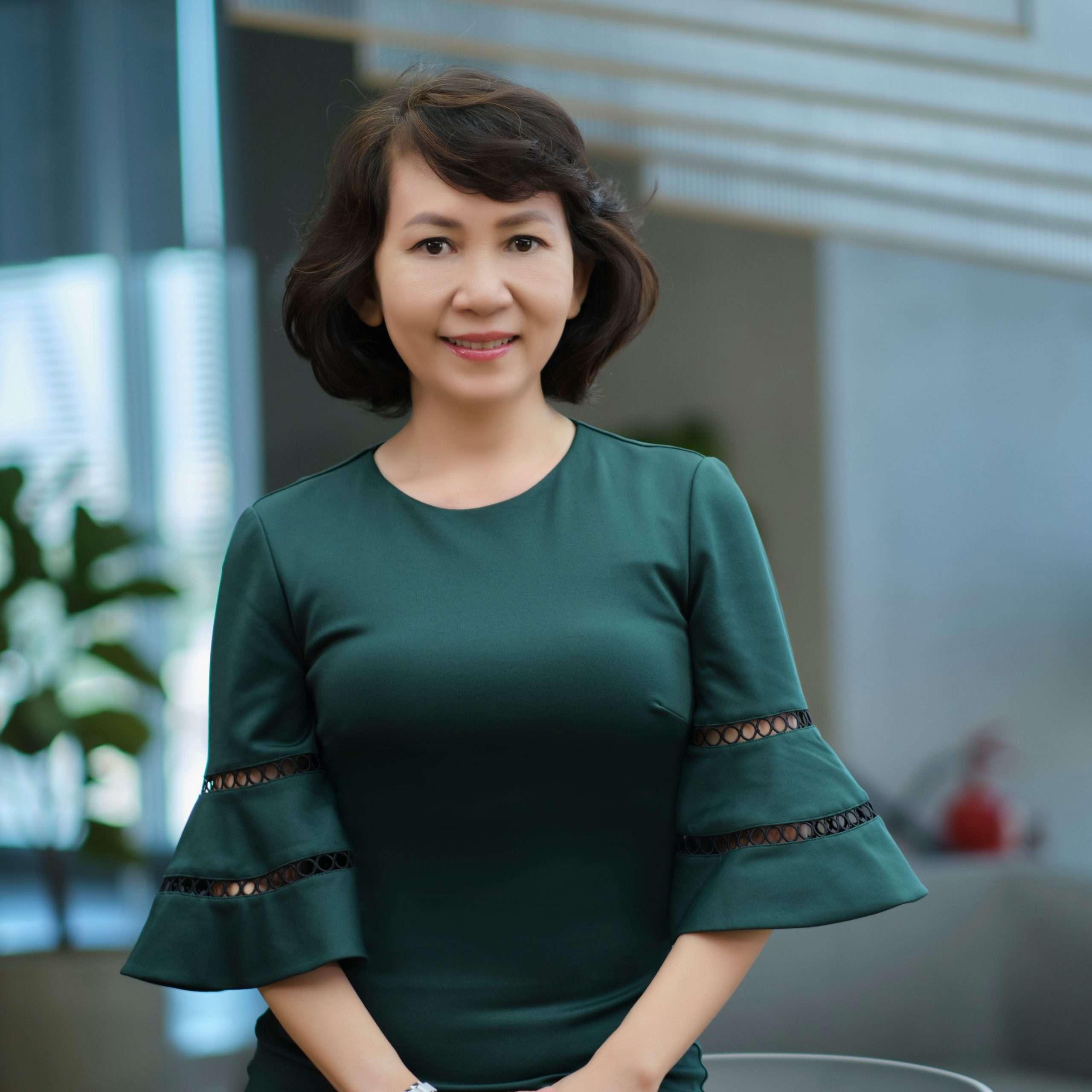Tran Ai Lien (Ms.)